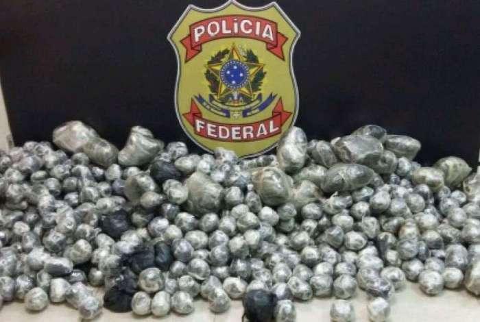 PF apreendeu 207 kg de maconha durante operação contra o tráfico de drogas em Macaé
