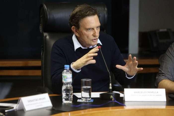 Crivella anunciou, em vídeo, que a Prefeitura pagará a segunda parcela do 13º salário nesta quinta-feira