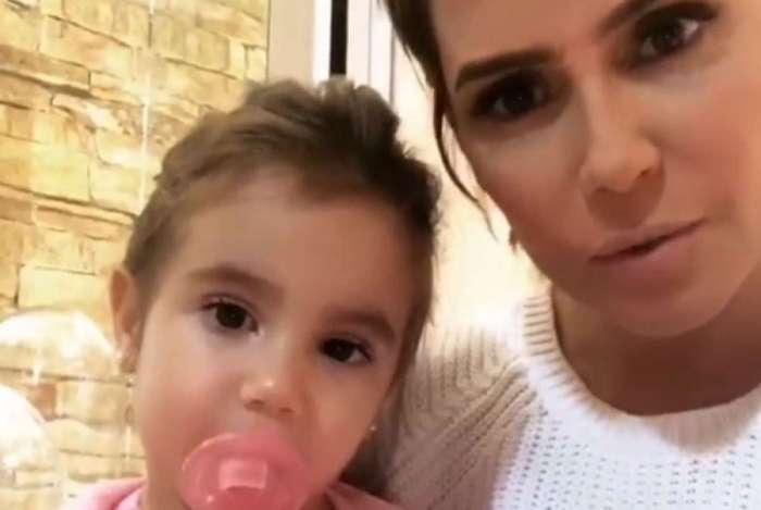 Deborah Secco compartilha reação da filha com seu novo visual
