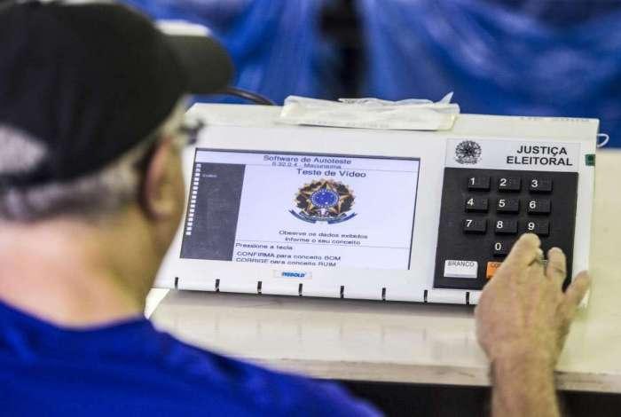 Eleitores de cinco municípios voltam às urnas neste domingo