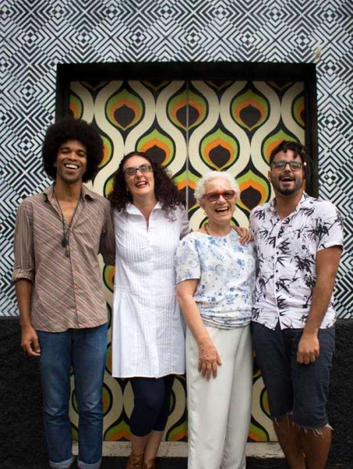 Jorge (E), Tatiana Motta Lima, Nara Keiserman e Jeferson: coordenadores