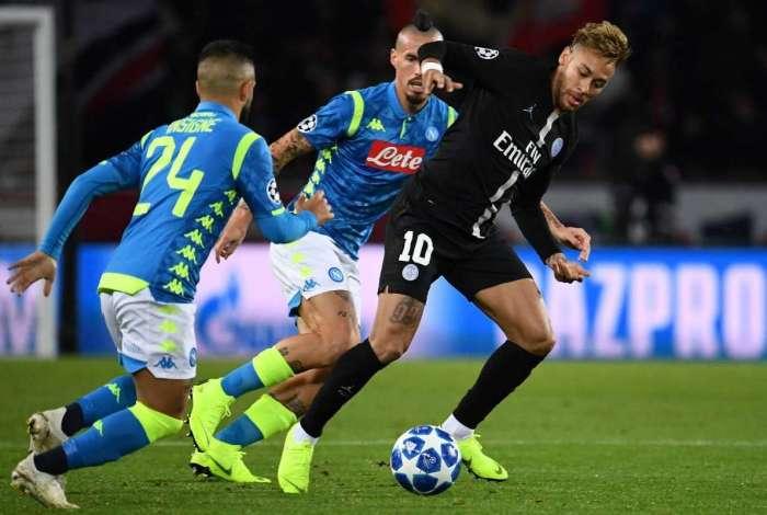 PSG empatou com o Napoli