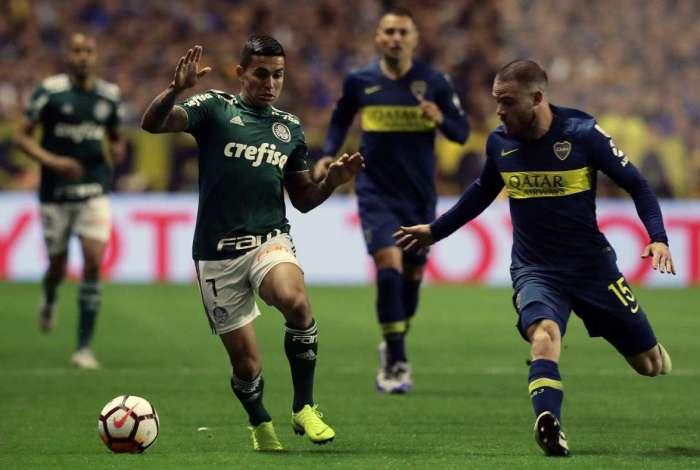 Palmeiras não aguenta a pressão e perde para o Boca Juniors na Argentina