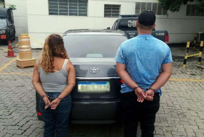 Casal foi preso em posto de vistoria por suspeita de golpe em locadora de carros