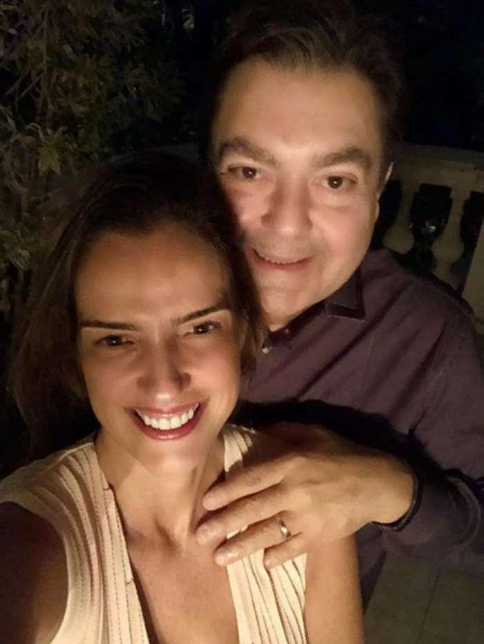 Luciana Cardoso posa com o marido, Fausto Silva: 'sintonia'