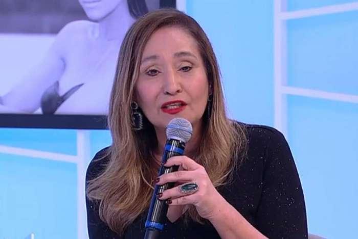 Sônia Abrão fala sobre câncer de mama