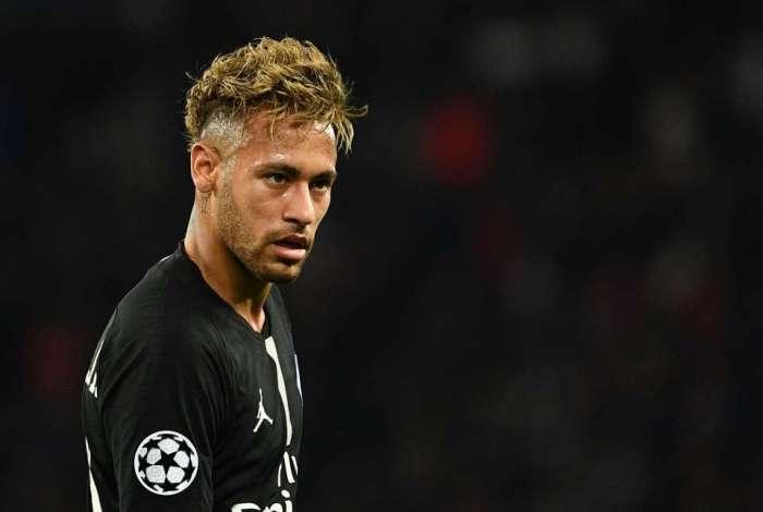 Neymar brincou de truco com seus parças