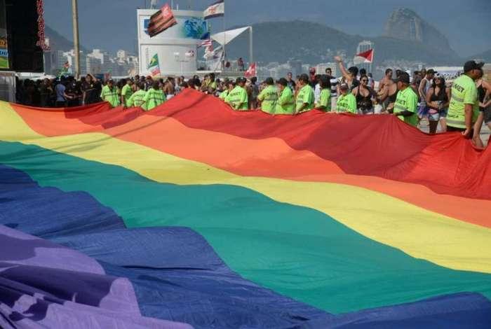 MP 870/19 estabelece a organização básica dos órgãos da Presidência da República e dos Ministérios. LGBTs não são citados