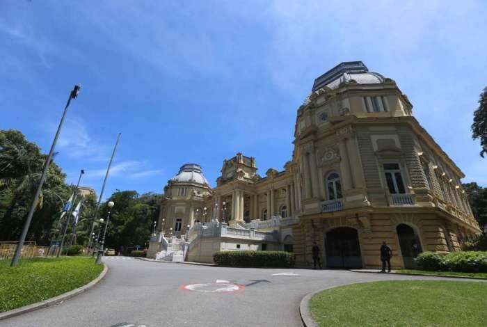 Integrantes do Palácio Guanabara cogitaram reduzir duodécimos de Poderes e instituições independentes