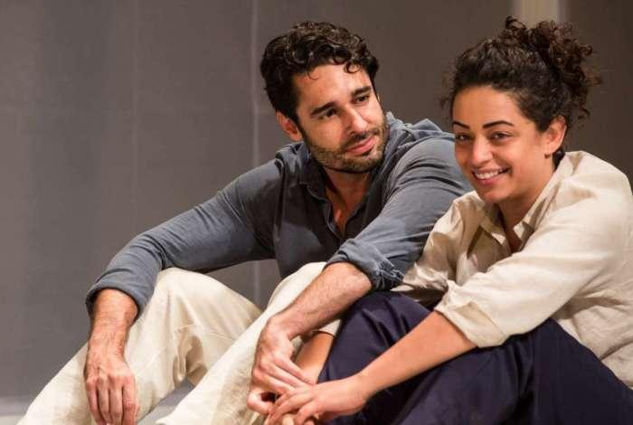 Rafael Baronesi e Pri Helena vivem um casal em 'Nerium Park'