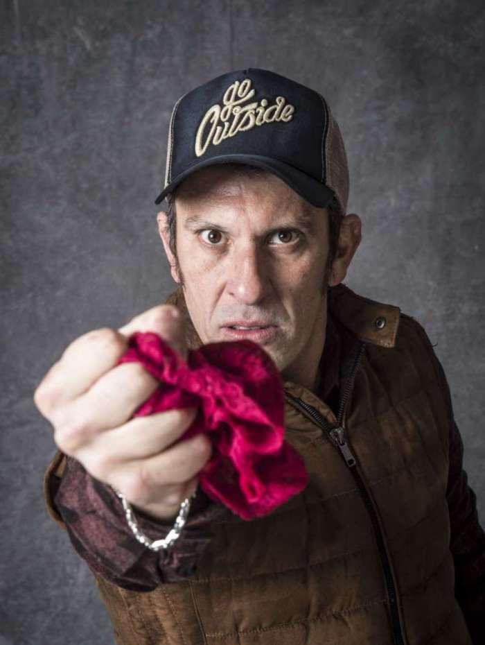 Delegado Machado é a primeira vítima: segredo das calcinhas