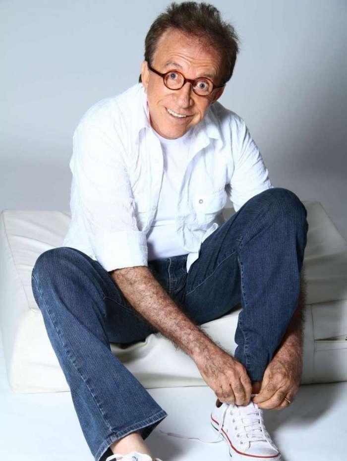 Moacyr Franco leva sucessos e humor ao Teatro Riachuelo, em 6 de novembro