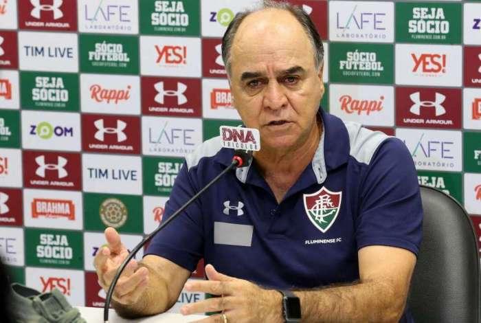 Técnico Marcelo Oliveira tem a missão de ressuscitar o ataque tricolor