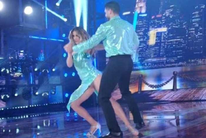 Mariana Ferrão mostra demais na 'Dança dos Famosos'