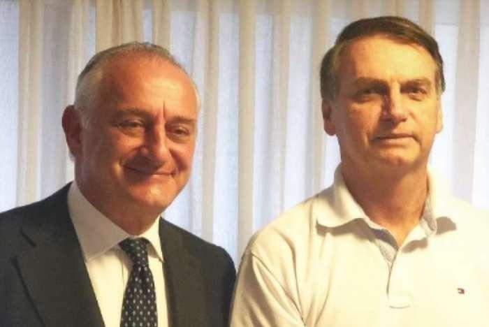 Jair Bolsonaro recebe visita do embaixador da Itália, Antonio Bernardini, e da China, Li Jinzhang