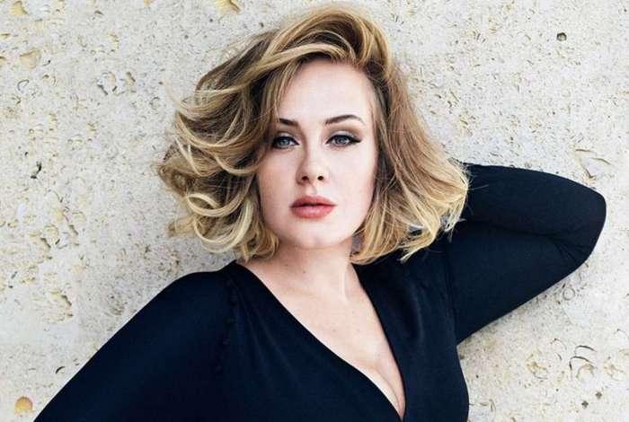Adele mostrou que ainda é fã das Spice Girls