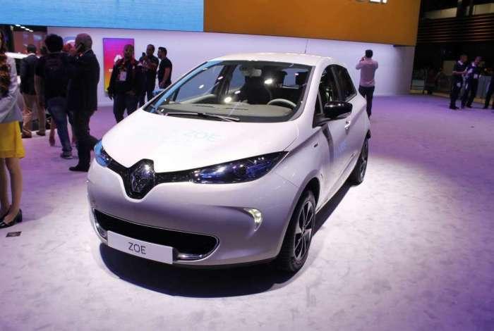 Já em pré-venda, o Renault Zoe é o elétrico mais barato: R$ 149 mil