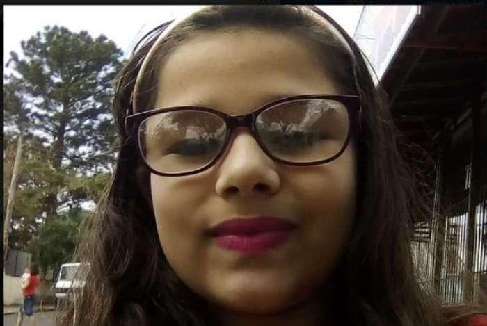 Maria Eduarda de Araújo Pigatto, de 10 anos, se preparava para ir à escola, quando foi picada no pé, segundo familiares