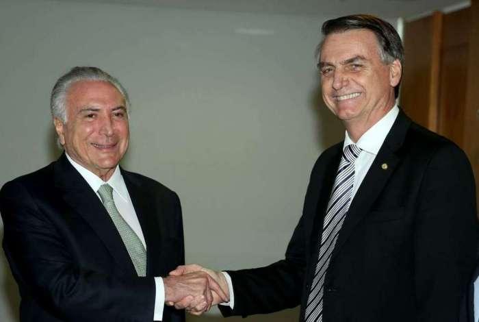 Presidente Michel Temer e o presidente eleito Jair Bolsonaro, no Palácio do Planalto