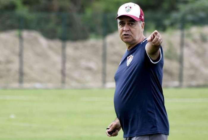 O técnico Marcelo Oliveira poderá contar com Gum para o próximo jogo