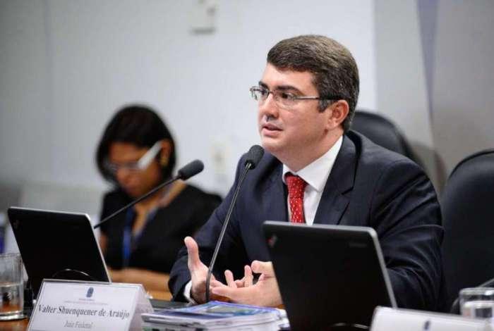 Juiz Valter Shuenquener deu sentença favorável à aposentada no Rio