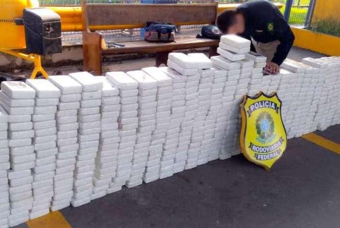 Apreensões de drogas aumentam mais de 300% nas rodovias federais no RJ