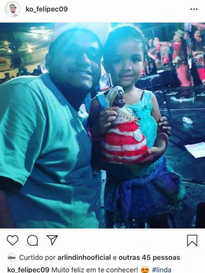 Filho fora do casamento de Arlindo Cruz conhece a sobrinha