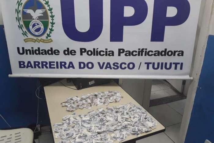 PMs apreenderam drogas na Barreira do Vasco