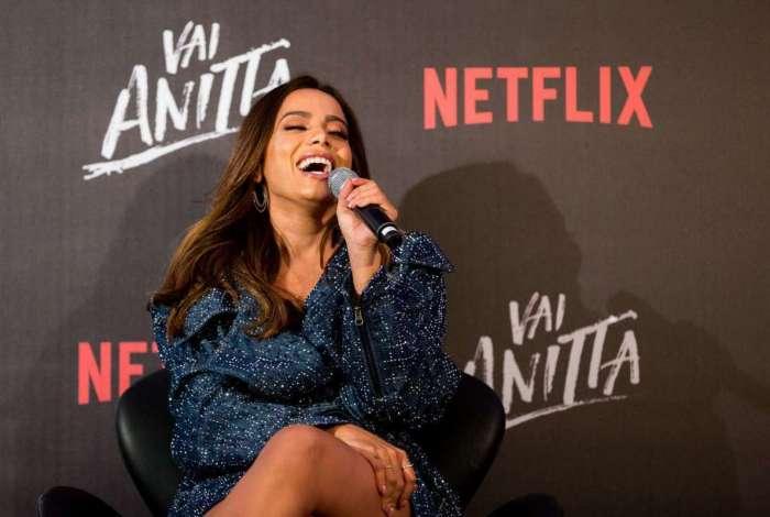 Anitta na coletiva de imprensa do 'Vai Anitta!', da Netflix
