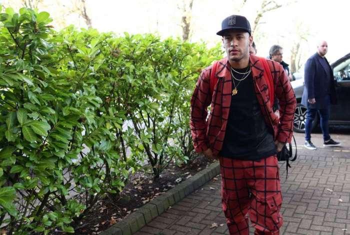 Neymar se irritou com fake