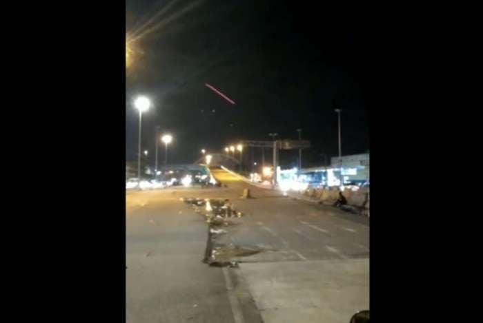 Motoristas avistaram balas traçantes na Avenida Brasil