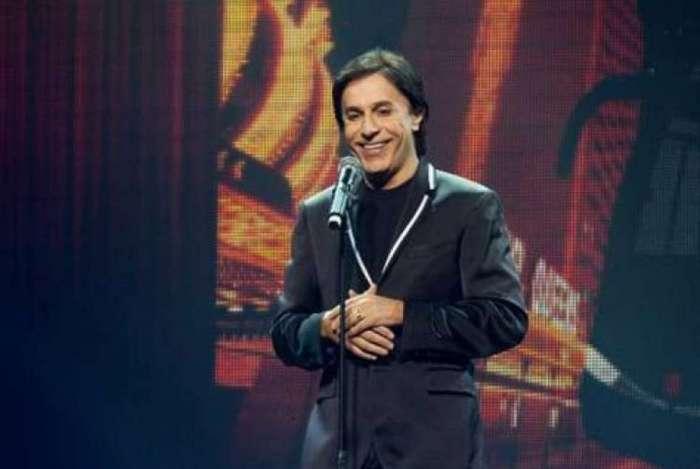Tom Cavalcante volta aos palcos com o espetáculo 'STOMDUP'