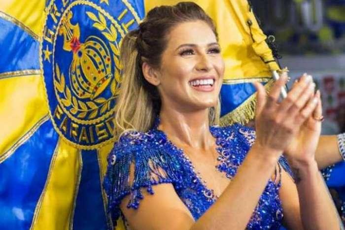 Lívia Andrade foi musa da Paraíso do Tuiuti no carnaval de 2018