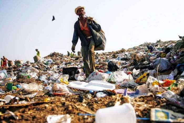 Alerj aprova relatório final da CPI dos Lixões