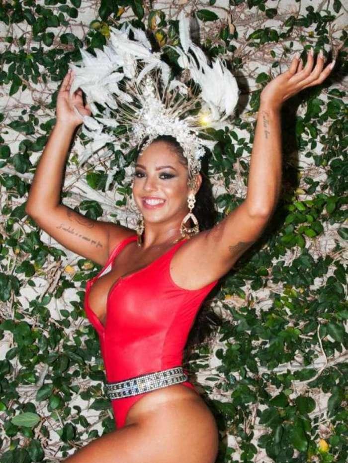 Karina Costa será coroada rainha da bateria da Unidos de Padre Miguel durante comemoração do aniversário da agremiação