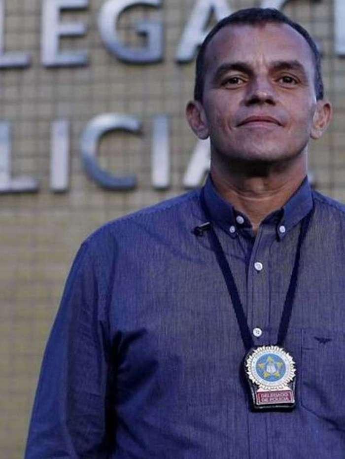 Marcus Vinícius Braga será o titular da Polícia Civil no novo governo . Atual diretor do Departamento Geral de Polícia Especializada (DGPE), ingressou na Polícia Civil como inspetor em 2002 e é delegado no Rio de Janeiro desde 2003. Já teve passagens por delegacias distritais e especializadas, como a Coordenadoria de Operações Especiais (CORE) e as delegacias de Roubos e Furtos de Cargas (DRFC), de Combate às Drogas e de Roubos e Furtos de Automóveis (DRFA).