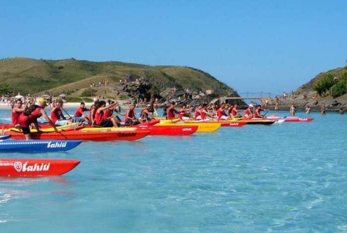 O Va'a terá 500 competidores de oito países em canoas havaianas