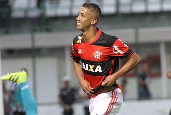 """Cria do Flamengo, Jorge relembra carinho da torcida: """"Me pediram para voltar"""""""