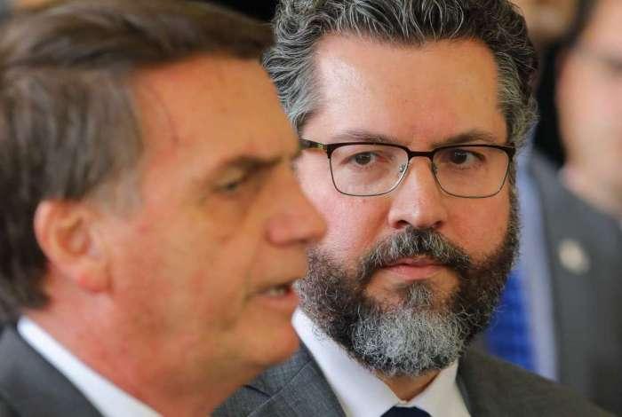 Jair Bolsonaro e o futuro chanceler, Ernesto Araújo