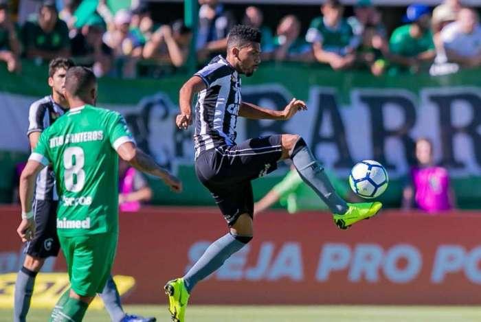 Botafogo levou a melhor sobre a Chape