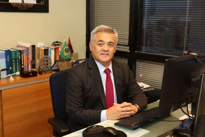 Paulo Parente, advogado