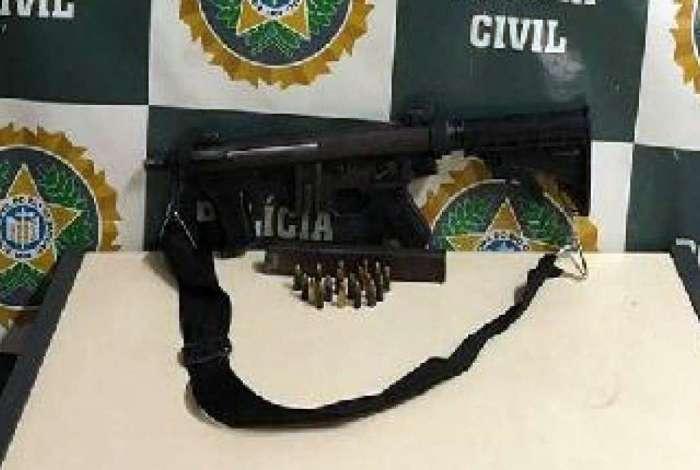 Arma estava em uma residência da Rua Gamos, no bairro Jardim Metrópole