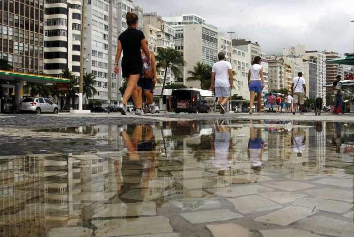 Rio tem sexta-feira nublada após feriado de praias cheias na Zona Sul do Rio