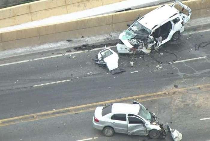 Duas pessoas morrem em acidente no Viaduto Aricanduva, na zona leste de SP