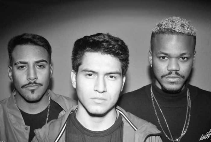 O grupo de rap Cortesia da Casa