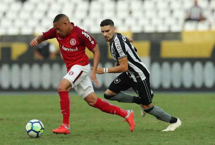 3deddfea5c Confira as notas dos jogadores do Botafogo na vitória contra o Inter ...