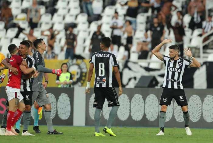 Botafogo venceu mais uma no Brasileirão