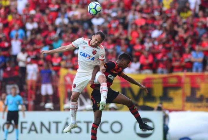 Mesmo após vitória, Flamengo tem poucas chances de conquistar título do Brasileiro