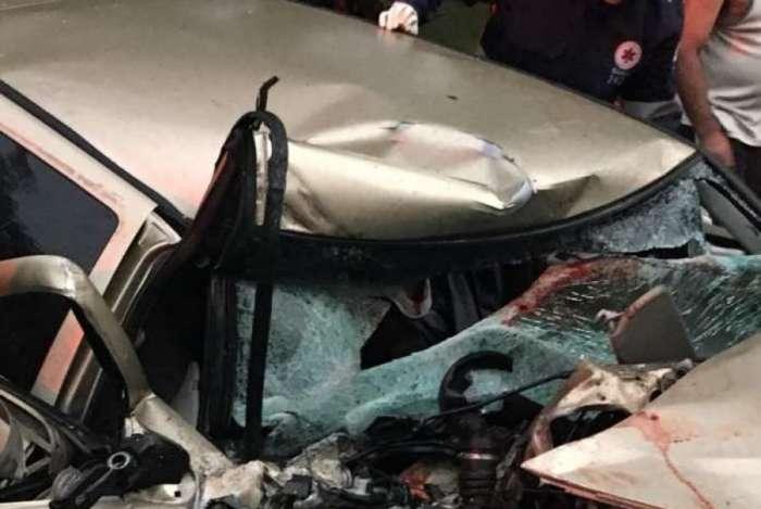 Grave acidente entre ônibus e carro em Rio Claro
