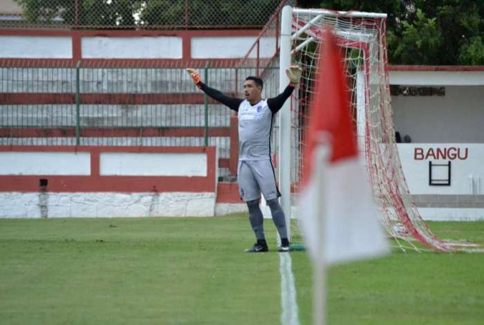 Ex-Audax, goleiro Jefferson Paulino fecha com o Bangu para 2019
